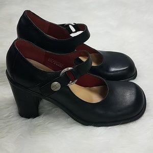 Tommy Hilfiger Black Leather Mary Jane Heels 8M